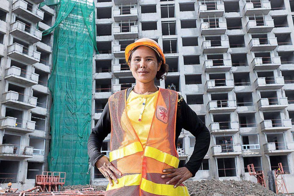 Star City : the estate boom of Burma
