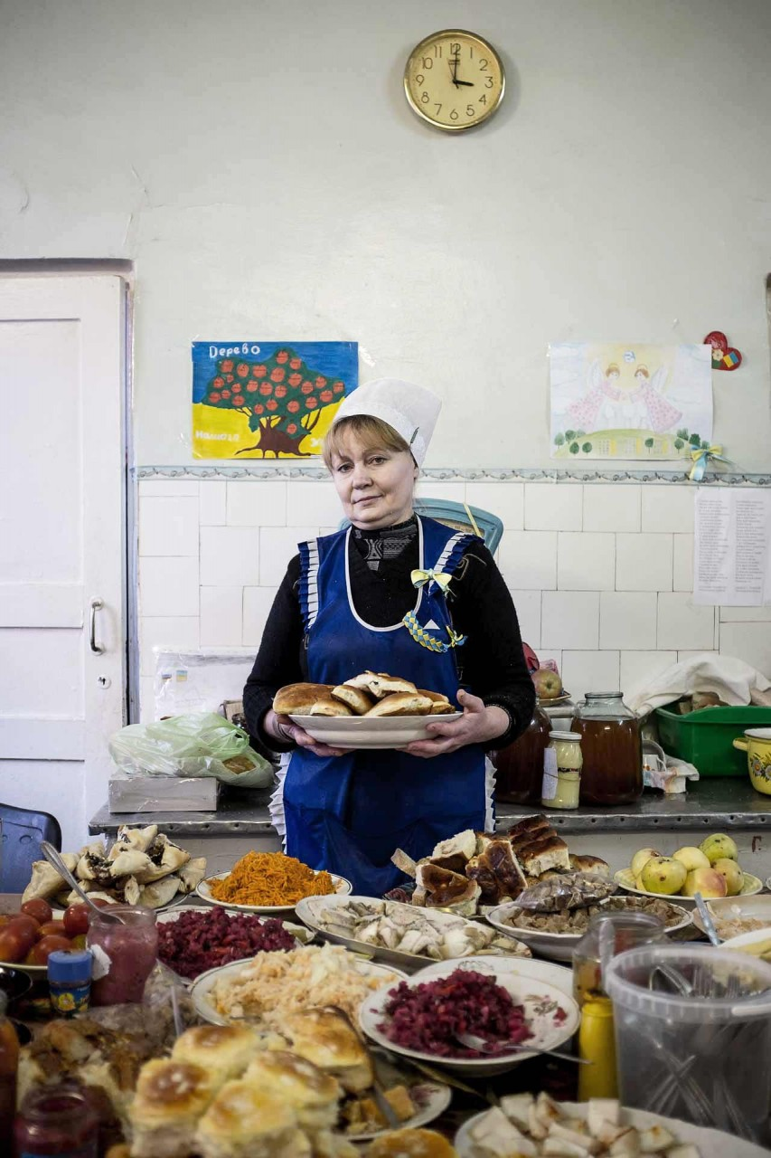Liudmila, who care about all hospital mouths and empty bellies. Bakhmout - UKRAINE