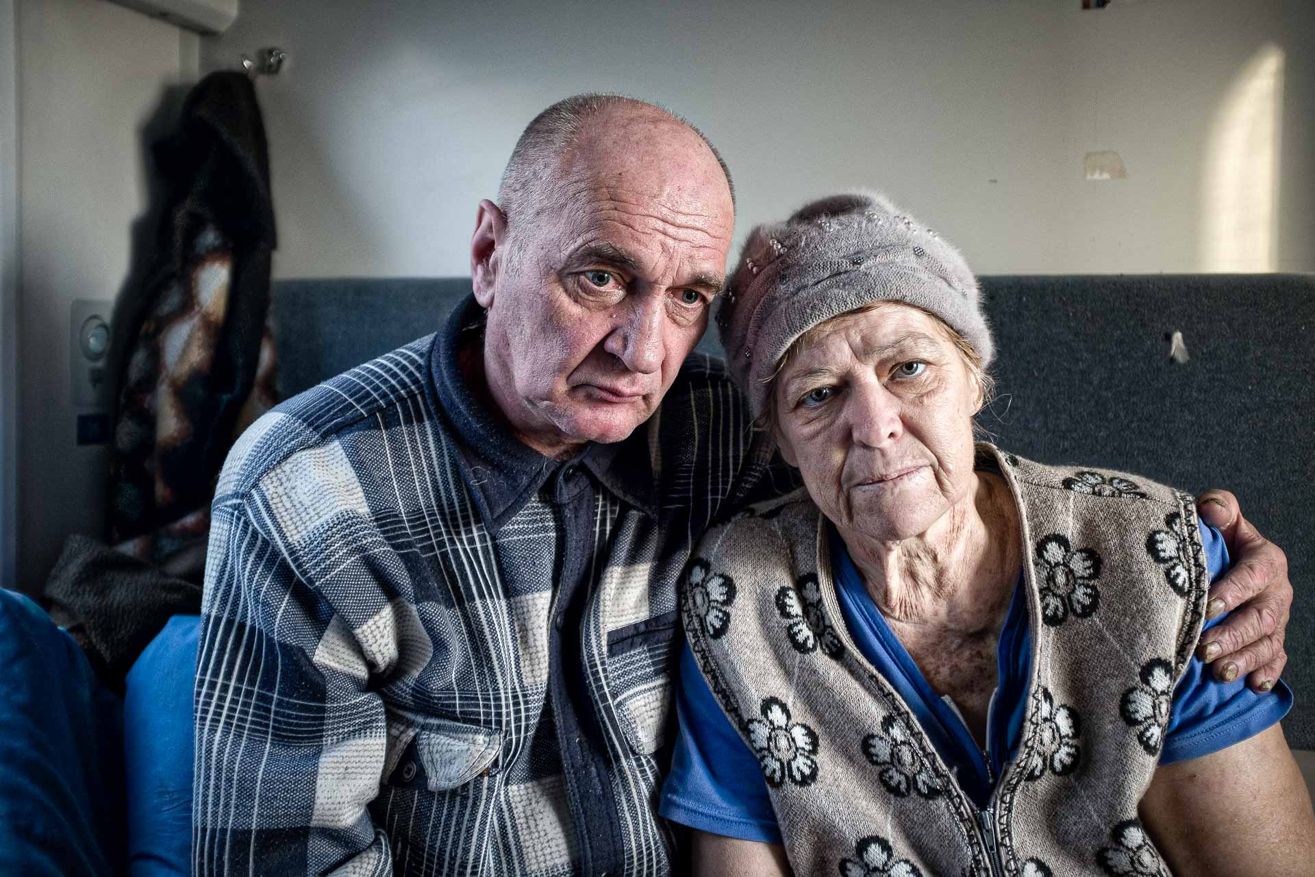 Nina is 62. She and her husband Valentin come from Debaltseve. Their house has been destroyed. Nina has a cancer that can't be treated for the moment. She has an only hope : see her son again, Gennadiy, 43 who lives in Alchevsk. Because of the war, she can't reach him. She died two weeks after our meeting. Slaviansk - UKRAINE