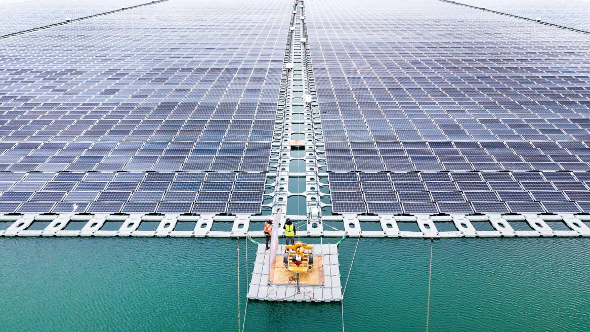 Piolenc : when solar energy invests lakes